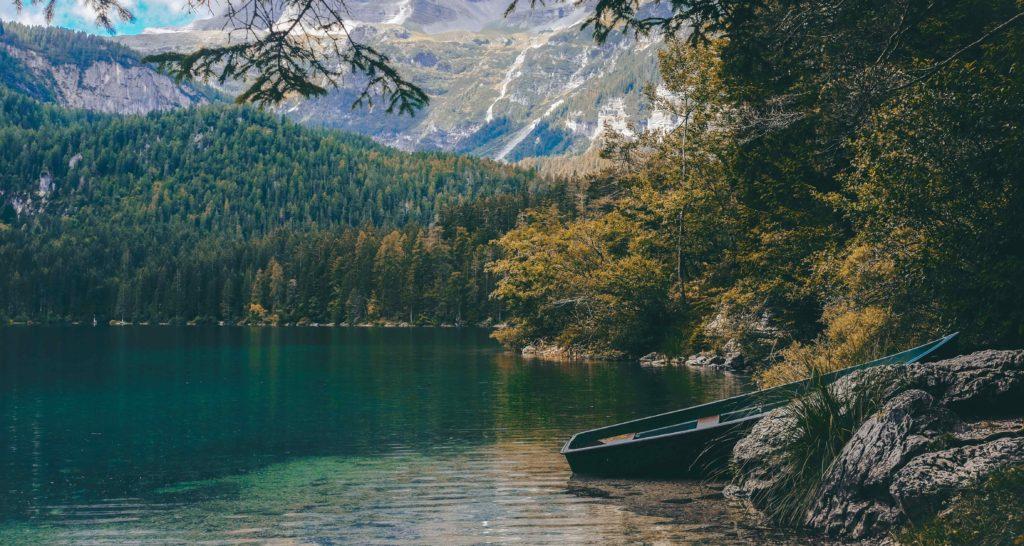 Nature journey retreat